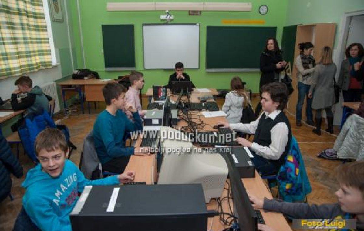 FOTO: Županijsko natjecanje u informatici u matuljskoj osnovnoj školi okupilo 82 učenika iz 21 škole @ Matulji