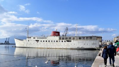 """Novosti s Botela Marina – Redoviti remont nakon kojega slijedi """"Noć krinolina na brodu Marina"""""""