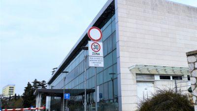 Korisnicima parkirališta u sklopu KBC Rijeka i KBC Sušak samo pola sata besplatnog parkiranja
