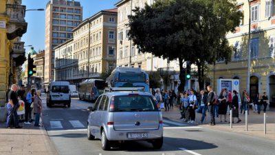 Riječki komunalni i prometni redari tijekom 2019. godine svojim su djelovanjem uveli red na gradske javne i prometne površine