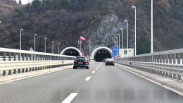 Jurio 125 na sat tunelom u kojem je ograničenje 50 – Ostao bez vozačke i tri tisuće kuna