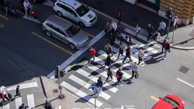 """Provedena akcija """"Zaštita pješaka u prometu"""" – Prelazak na crveno, najčešći prekršaj pješaka"""