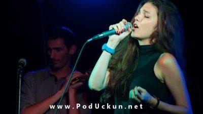 Koncertni povratak riječke pjevačice – Tina Vukov ovog petka nastupa u kavani&baru Grad @ Rijeka