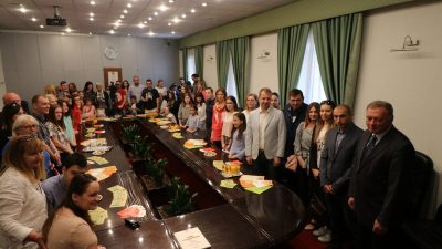 Uručena priznanja županijskim pobjednicima natječaja za radove djece i mladih na temu Katastrofa i snaga sustava civilne zaštite