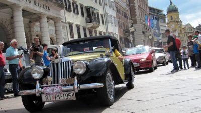FOTO: Održan 22. međunarodni oldtimer auto rally uz skroman odaziv sudionika @ Rijeka