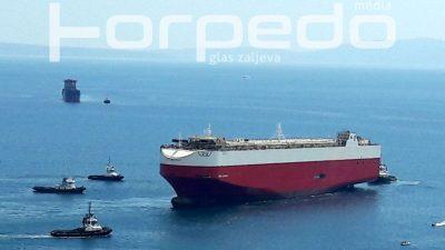 VIDEO Spektakularan prizor iz dvije perspektive: Porinuta ploveća grdosija u brodogradilištu 3. maj @ Rijeka