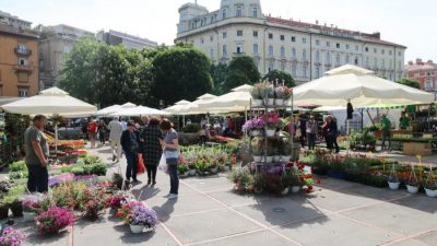 U OKU KAMERE Riječki zeleni svibanj: Otvoren cvjetni sajam na mostu kod hotela Continental @ Rijeka