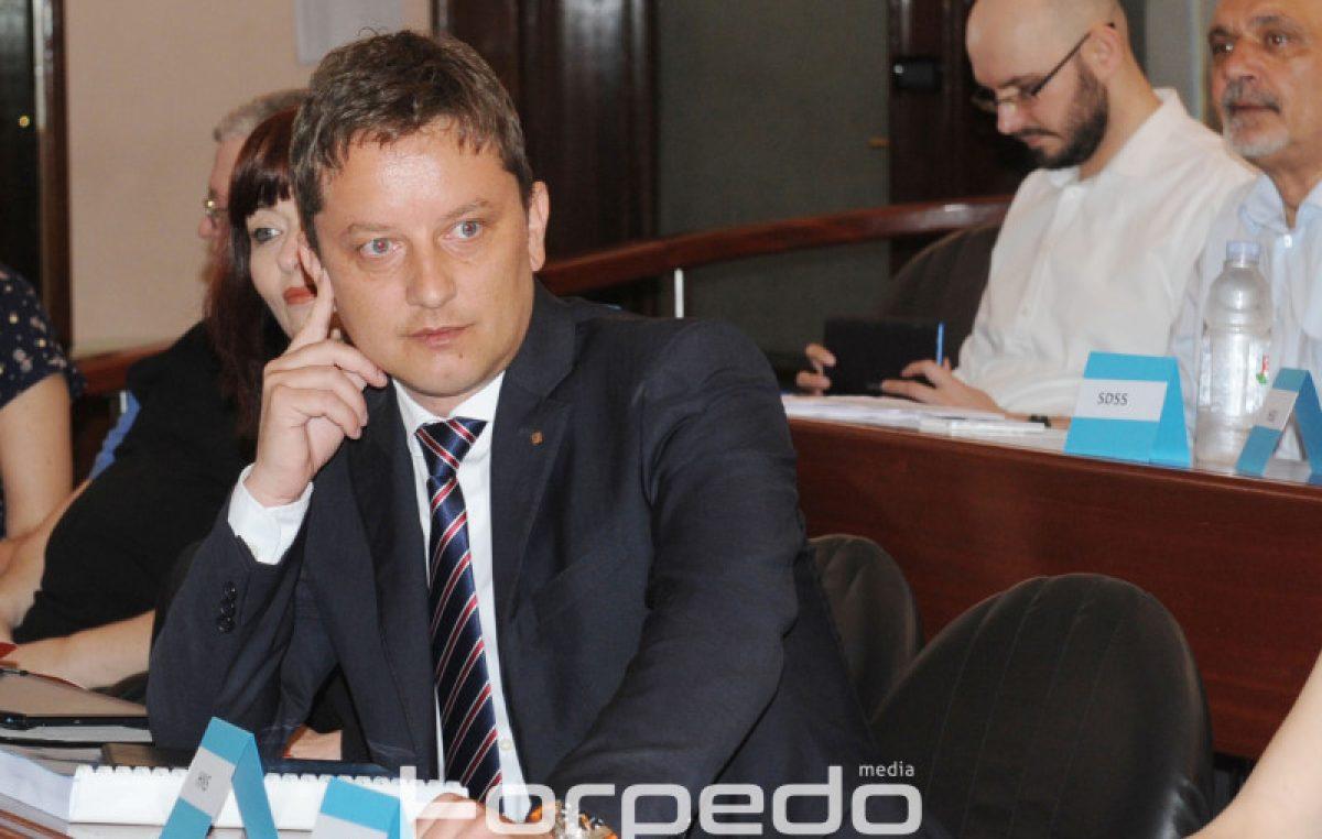 Sutra sjednica Gradskog vijeća – Vijećnici ipak neće glasovati o smjeni predsjednika Andreja Poropata