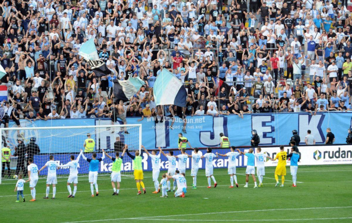FOTO: Visokom pobjedom nad Hajdukom u Jadranskom derbiju Rijeka potvrdila drugo mjesto na Prvenstvu Hrvatske