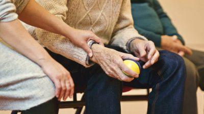 Obilježavanje Svjetskog dana Alzheimerove bolesti: Osobe s demencijom najugroženije od bolesti COVID-19