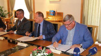 Grad Rijeka i komunalna društva donirali 2 milijuna kuna KBC-u za uređenje klinika za kirurgiju i internu medicinu