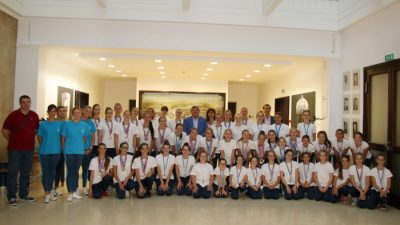 U OKU KAMERE: Uspješne sinkro-plivačice kluba Primorje Aqua Maris na primanju kod gradonačelnika @ Rijeka