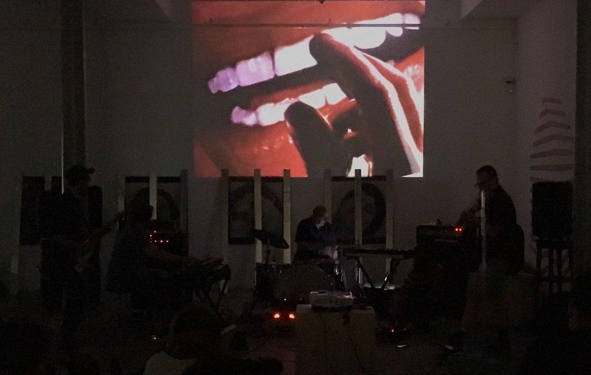 Serija umjetničkih intervencija u javnom prostoru: Filmsko-glazbeni start nove Spajalice @ Rijeka