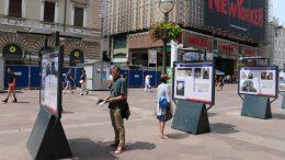 """Doprinos praćenju evolucije grada: Na Korzu postavljena izložba """"Riječki hoteli – nekad i sad"""""""