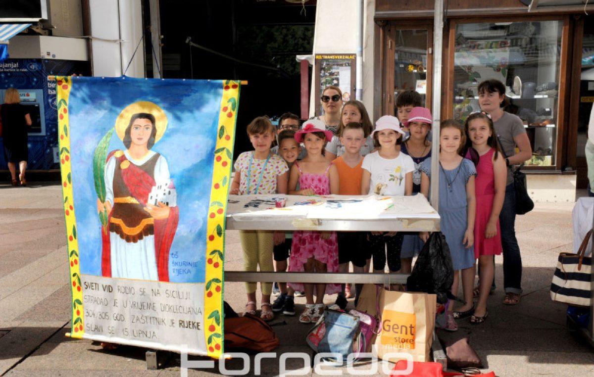 U OKU KAMERE Trešnje i sv. Vid kako ih doživljavaju mališani OŠ Škurinje predstavljeni na Korzu @ Rijeka
