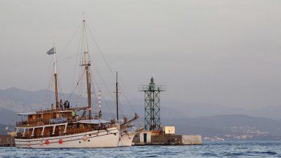 Tradicijske barke na jedra zaplovile riječkim akvatorijem u sklopu festivala Fiumare @ Rijeka