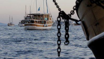 FOTO Tradicijske barke na jedra zaplovile riječkim akvatorijem u sklopu festivala Fiumare @ Rijeka