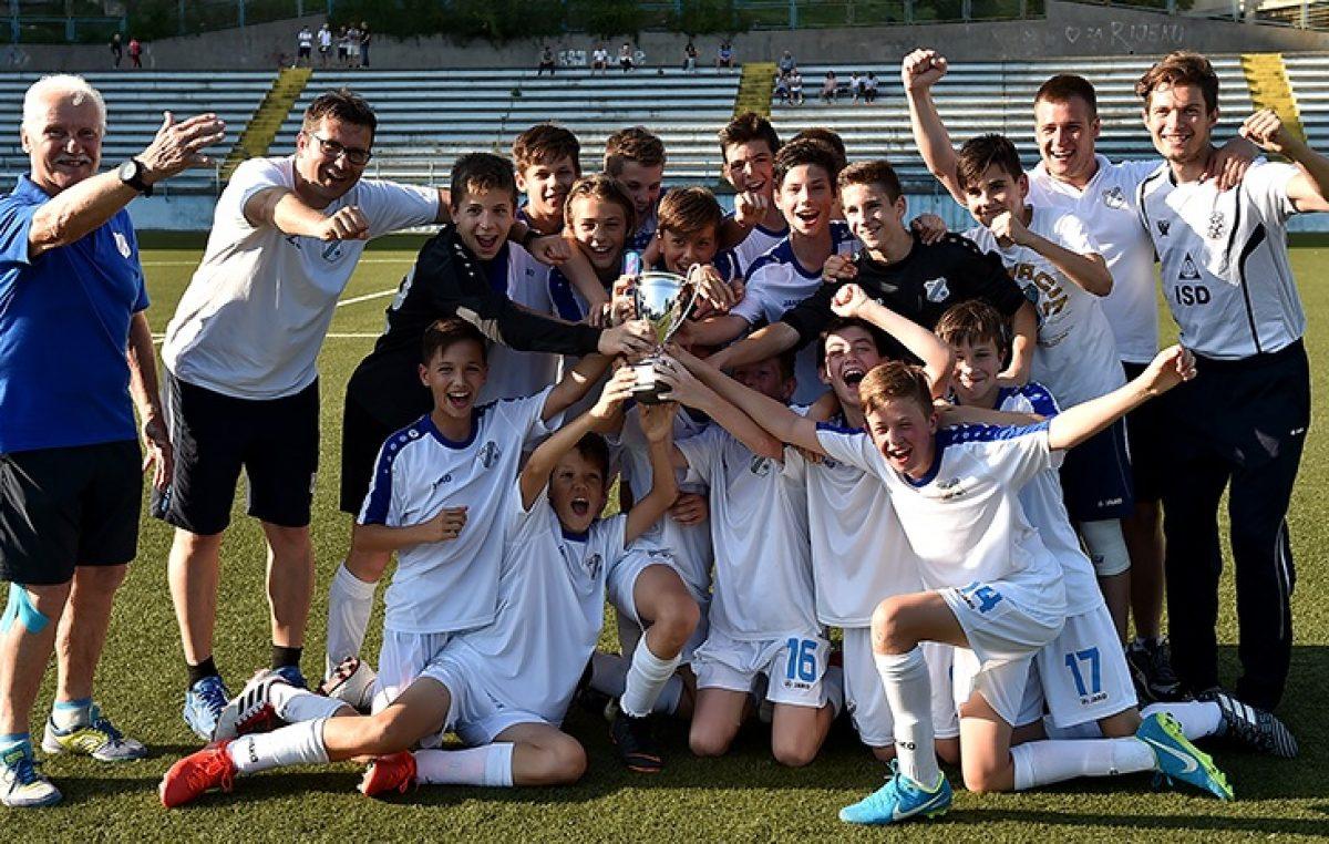 Mlađi pioniri Rijeke protiv Rovinja potvrdili naslov prvaka!