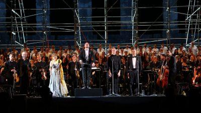 Veličanstvena izvedba kantate Carmina Burana riječkog HNK ispraćena stajaćim ovacijama ispunjene Arene