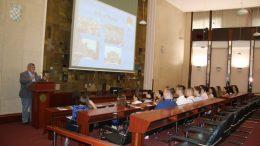 Obersnel studentima Ljetne škole ekonomije predstavio povijest Rijeke i planove razvoja grada