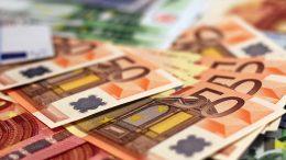 Pokušala promijeniti krivotvorene eure
