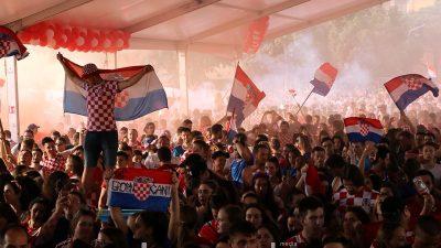 FOTO, VIDEO Ponosni i u porazu – Rijeka je proslavila povijesni uspjeh hrvatskog nogometa