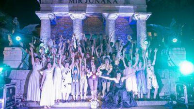 Gradina Dance Art – Članice skupine Ri Dance oduševile novim izvedbom