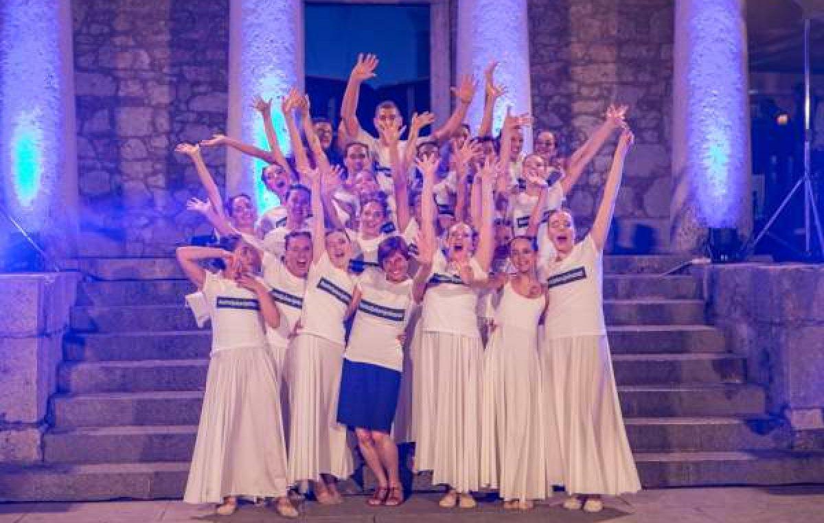 Čajanka kod Šeširdžije – Plesnim pokretima skupina Ri Dance posjetitelje Trsatske Gradine odvesti će u svijet mašte