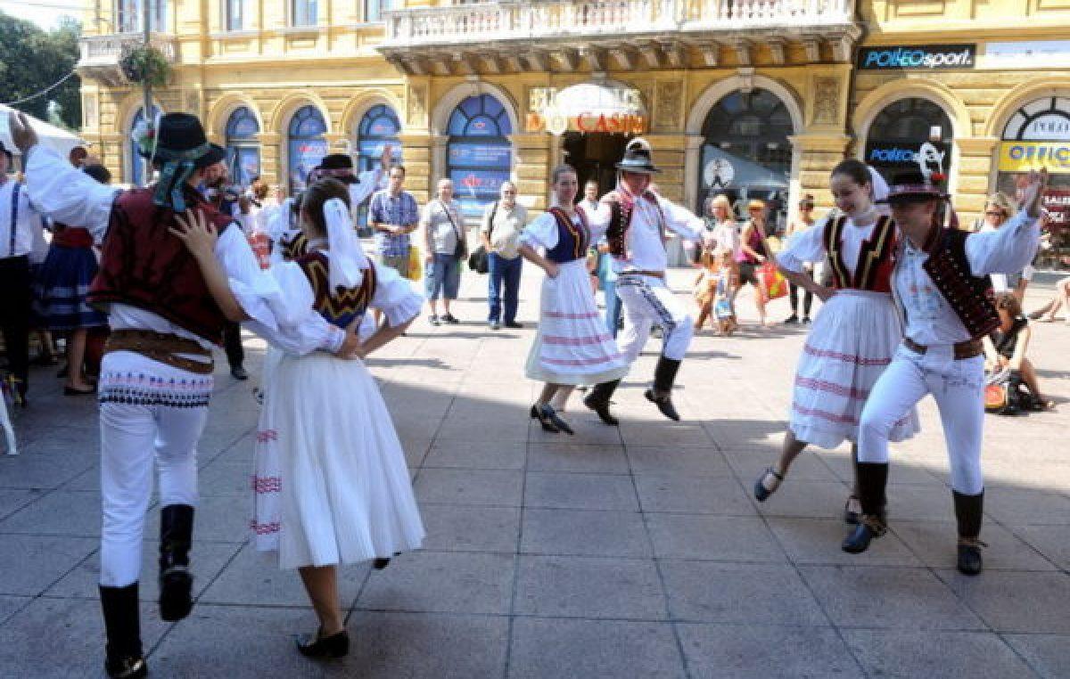 Bogat program ispunjen gastronomijom i kulturom: U četvrtak počinju Dani slovačke kulture