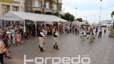 FOTO Dani slovačke kulture danas na trgu 111. brigade HV