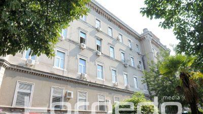 Traže donacije: KBC Rijeka predstavio projekt restauracije stubišta i vitraja u neogotičkoj bolničkoj zgradi