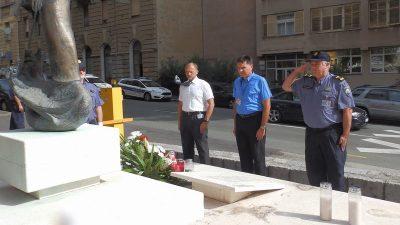 Odavanjem počasti kolegama poginulima u Domovinskom ratu, policajci obilježili Dan pobjede @ Rijeka
