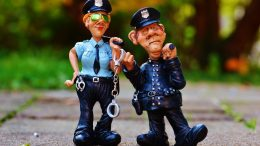 Pravi policajci uhapsili lažnog 'kolegu' – Glumio da je iz policije kako bi mogao pljačkati starce @ Rijeka