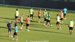 FOTO Nogometaši NK Rijeka sinoć odradili posljednji trening pred večerašnji presudan europski ogled sa Sarpsborgom