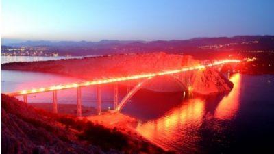 Danas se slavi Oluja – Vrhunac proslave bit će spektakularna Armadina bakljada na Krčkom mostu