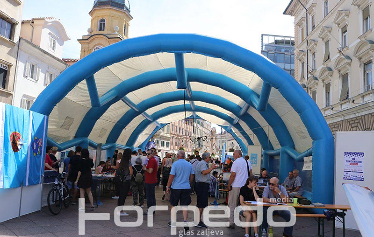 FOTO Festival tehničke kulture na Korzu promovira aktivnosti škola i udruga tehničkog usmjerenja