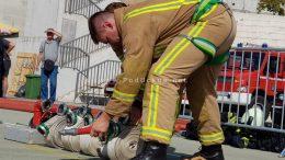 Ludost koja je mogla imati ozbiljne posljedice: Netko je zapalio baje za smeće na Trsatu i umalo spalio automobil