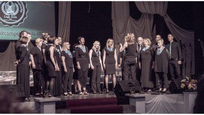 Riječki komorni zbor Val svečanim koncertom obilježit će 50 godina pjevanja Luje Alača i Davora Rotara