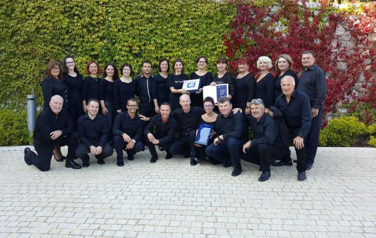 Potpuni trijumf 'domaćih glasova' – Ansambl Kanat i zbor Josip Kaplan dominirali na najvažnijem zborskom natjecanju