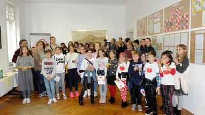 Otvorena izložba radova i predstavljena publikacija 'Učenici i studenti Primorsko-goranske županije u akciji Kupujmo hrvatsko'