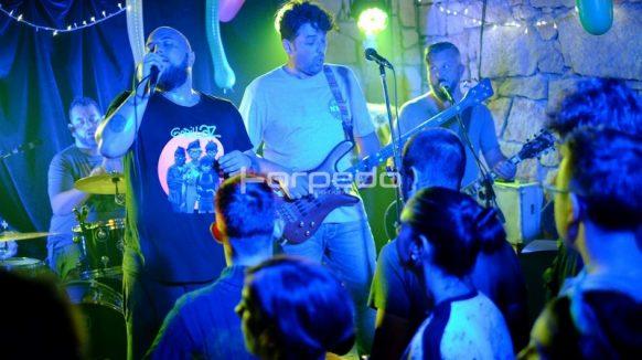 PREDSTAVLJAMO RIJEČKU ALTERNATIVNU SCENU – Mandrili: 'Jedino bend je stvaran. Sve ostalo je samo privid života'
