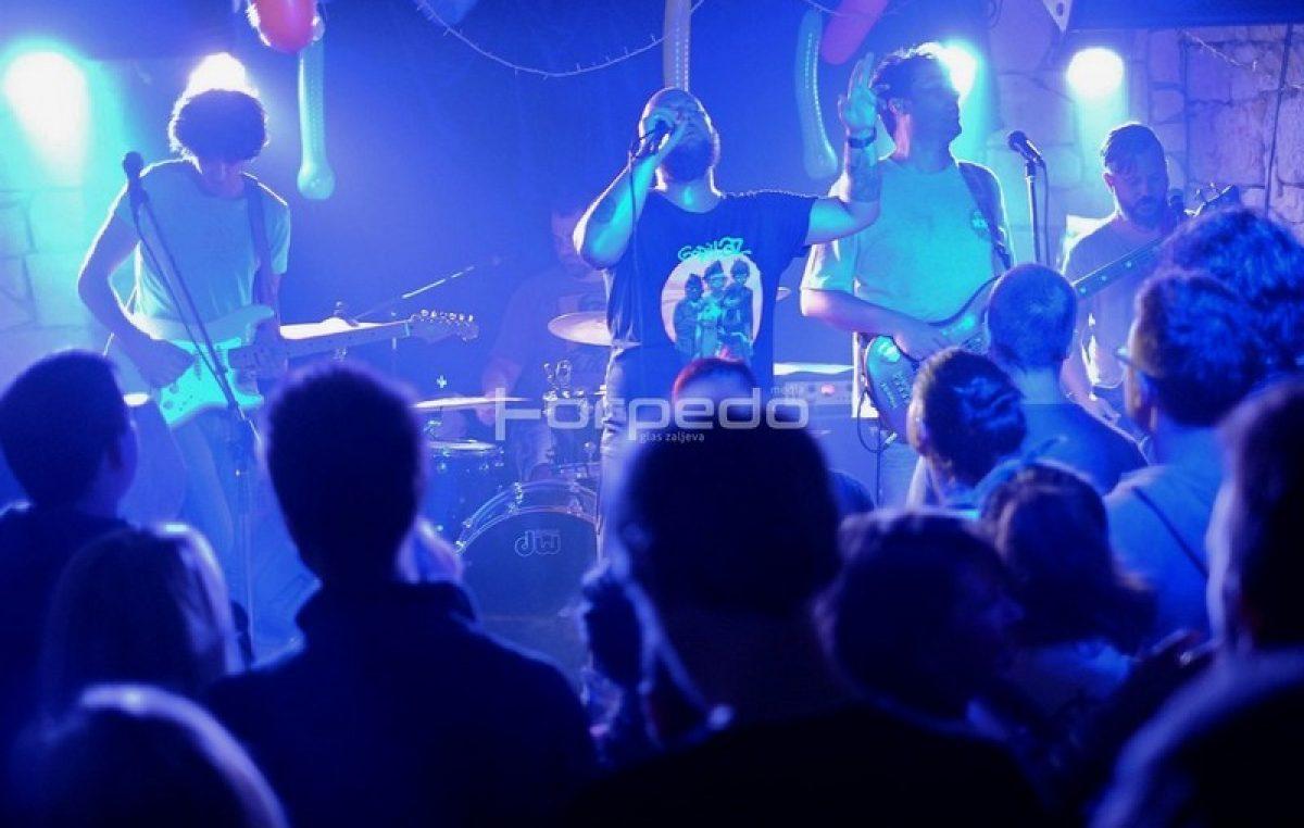 VIDEO, FOTO Rockerska fešta za prvi jubilarac – The Beertija uz nabrijane Mandrile proslavila pet godina rada