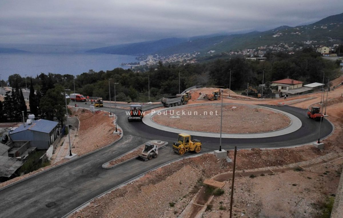Počelo asfaltiranje novoizgrađenog rotora Kuk 2