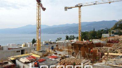 FOTO Napreduju radovi na hotelskom resortu Costabella – Planirani završetak 'grube gradnje' je u travnju