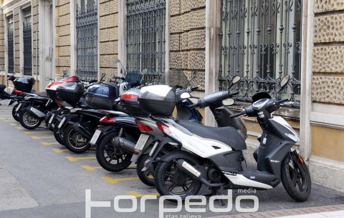 Na području Kastva, Škurinja i Pećina ukradeno više skutera i motocikl