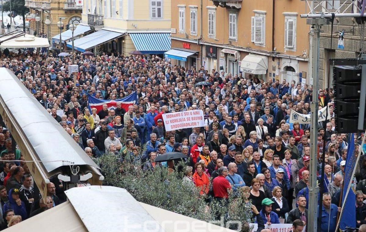 Tisuće škverana i građana na prosvjedu za brodogradilište poručilo 'Krepat, ma ne molat!'