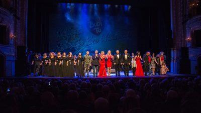 VIDEO U prepunom kazalištu održan humanitarni koncert Najljepše melodije MIK-a