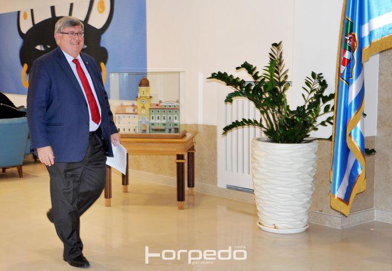 KOMENTAR Vojko Obersnel od politike se oprašta teškim porazom