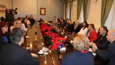 Predstavnici Primorsko – goranske županije ugostili studente Pravnog fakulteta i približili im izazove i specifičnosti javne uprave