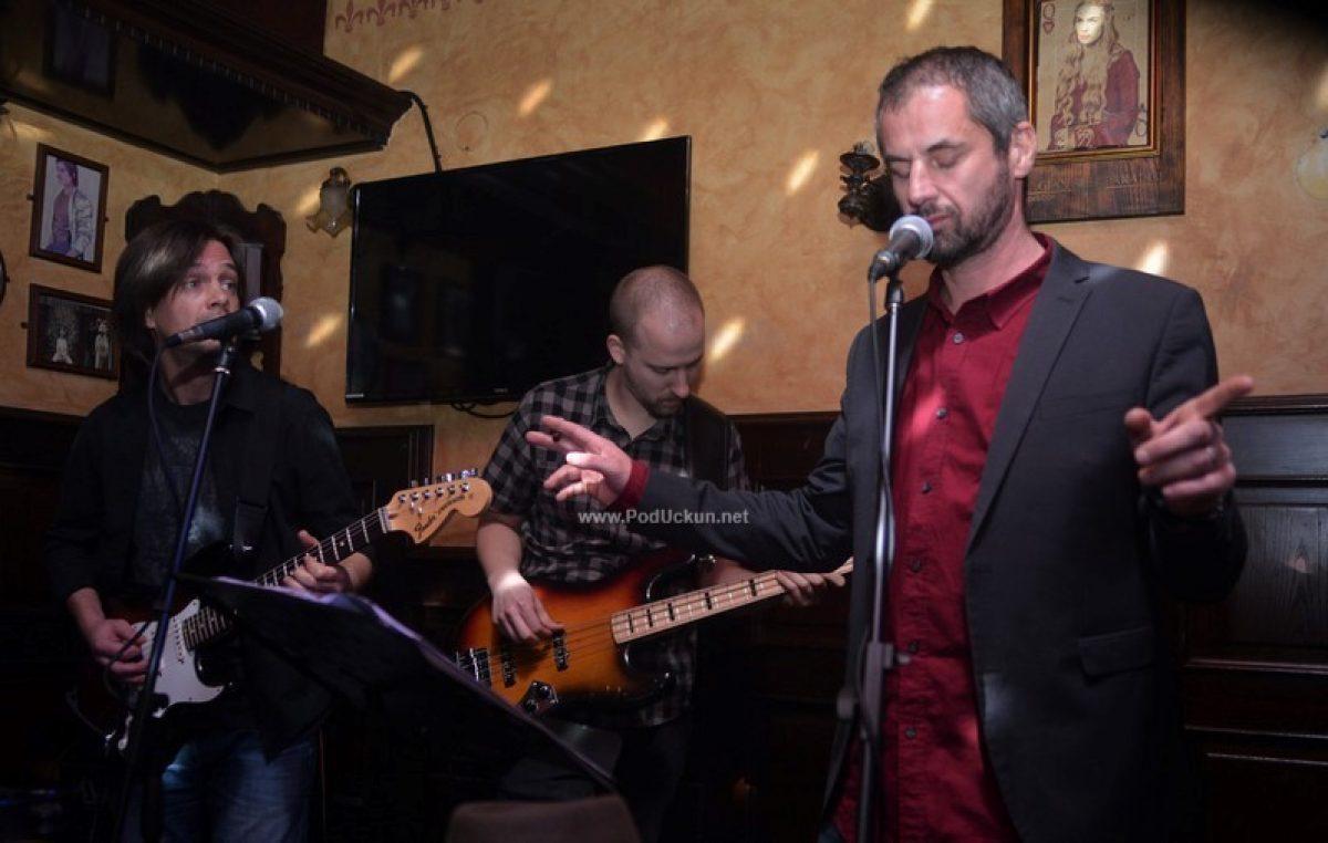 FOTO Riccardo Staraj sa svojim Midnight Blues Bandom ispunio River pub 'blues energijom'